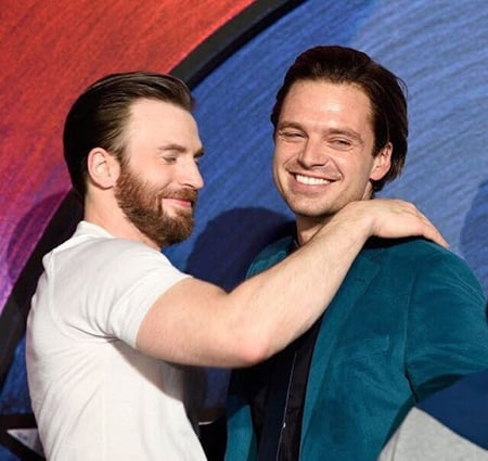Chris Evans was replaced by Sebastian Stan as Sheriff Lee Bodecker in The Devil All the Time.