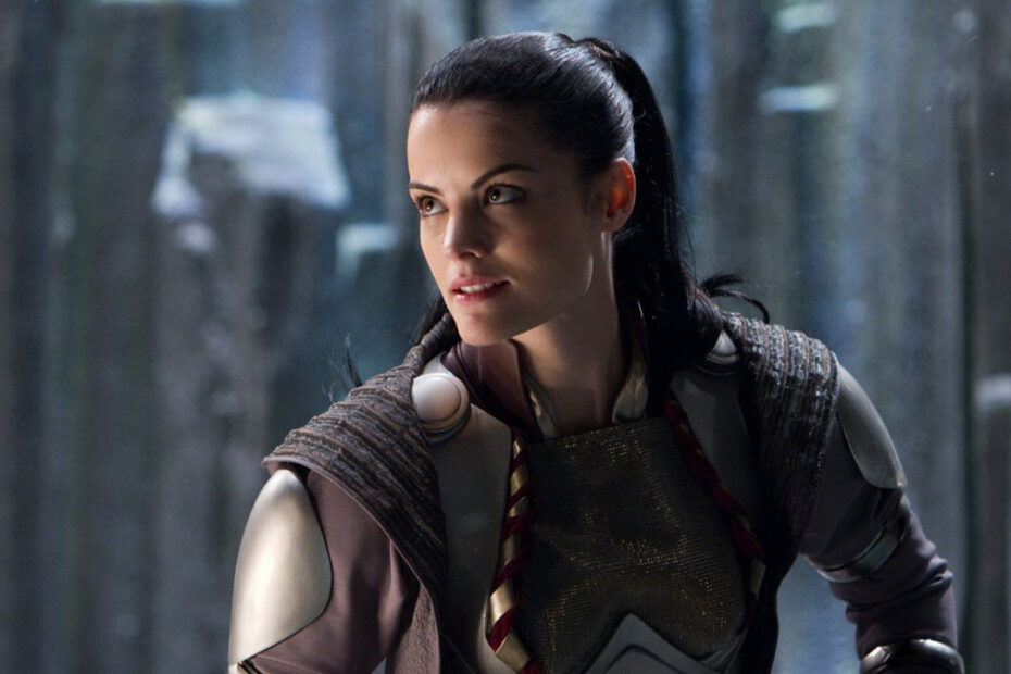 Thor: Love and Thunder is Bringing Back Jaimie Alexander as Lady Sif