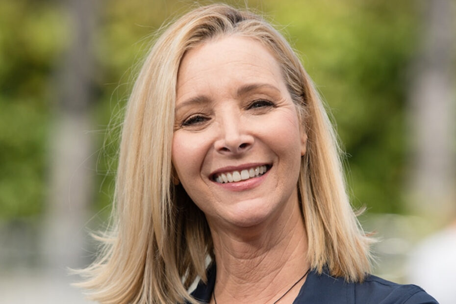Lisa Kudrow Shares Latest Friends Reunion Special Update