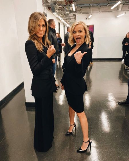 Jennifer Aniston and Reese Witherspoon enjoying their time