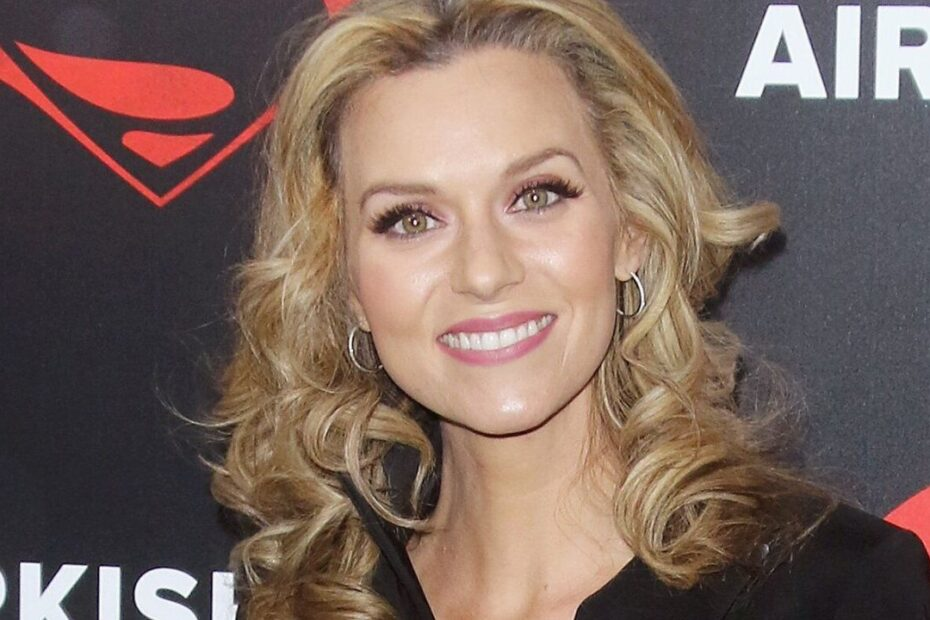 "One Tree Hill's Hilarie Burton Wants ""Do-over with a Girl Boss"""