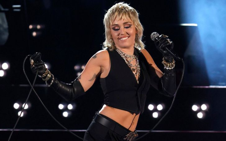 Miley Cyrus performing on Final Four NCAA Concert