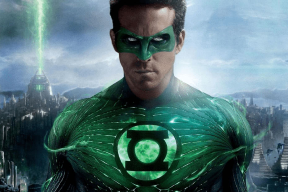 Zack Snyder was Eager for Ryan Reynolds to Return as Green Lantern in Justice League